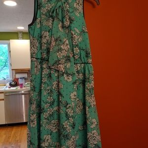 Elle sleeveless dress size large